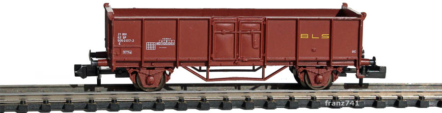 Arnold-4795-Hochbord-Gueterwagen-BLS-braun