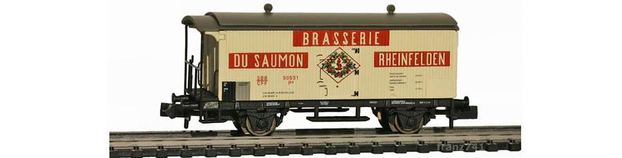 Arnold-Hornby-6020-Gueterwagen-Set-SBB_Brasserie-Saumon-Rheinfelden