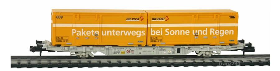 Creanorm-5011-Containerwagen-SBB-mit-Postcontainern_Pakete-unterwegs_bei-Sonne-und-Regen