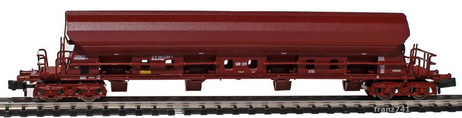 Fleischmann-8454-05-Tadgs-Schwenkdachwagen-SBB-braun