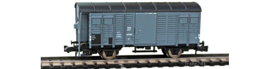 Hobbytrain-23011-K3-Gedeckter-Gueterwagen-Bremserhaus-SBB-grau