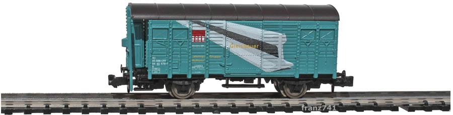 Hobbytrain-23025-X-Gedeckter-Gueterwagen-Bremserhaus-SBB-petrol-Gleisbauer