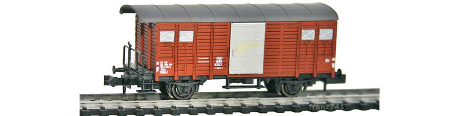 Hobbytrain-31077-Gedeckter-Gueterwagen-Bremserbuehne-SBB-braun-D-F