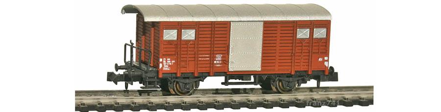 Hobbytrain-31079-Gedeckter-Gueterwagen-Bremserbuehne-SBB-braun
