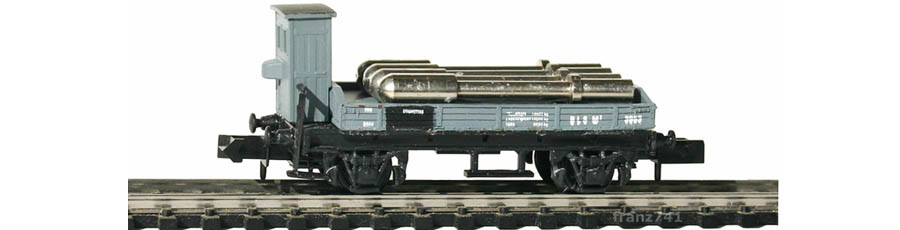 Swisstoys-82-M3-Niederbordwagen-Bremserhaus-grau-BLS-Metallrollen-Ladung