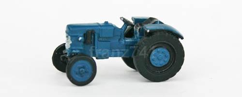 LKWs-Marks-xxxx-Unbekannter-Traktor