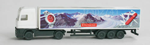 LKWs-Wiking-954-04-25-Mercedes-Koffer-Sattelzug-Actros-Victorinox