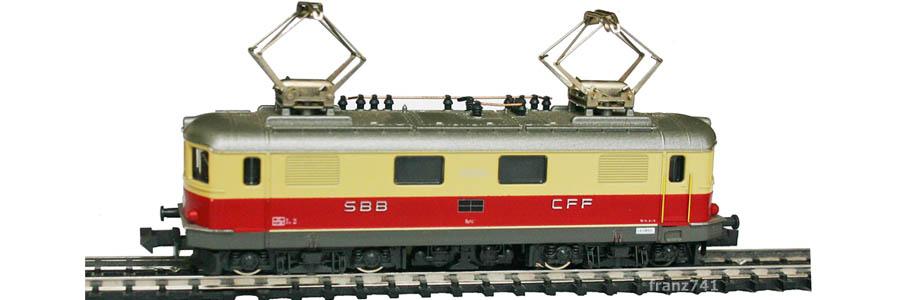Kato-Hobbytrain-11022_Re_4-4-I_SBB-TEE-10050