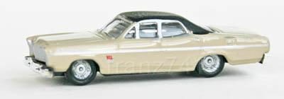 PKWs-Classic-Metal-Works-50258-Ford-67-Sedan-beige