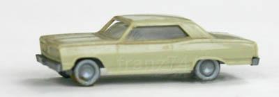 PKWs-Wiking-910-2x-xx-Chevrolet-Malibu-beige