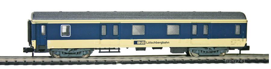Arnold-3241-Gepaeckwagen-BLS-ex-SNCF