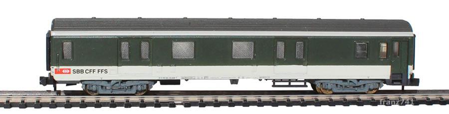 Arnold-3242-Gepaeckwagen-SBB-ex-SNCF-1Seite