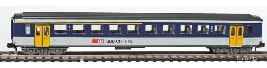 Arnold-3256-EW-I-Personenwagen-NPZ-SBB-1-2Klasse_S2