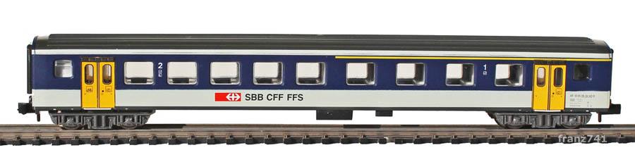 Arnold-3257-EW-I-Personenwagen-NPZ-SBB-1-2Klasse_S2