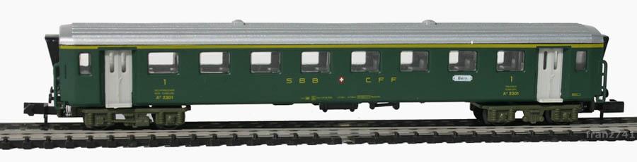 Arnold-3710-EW-I-Personenwagen-SBB-1Klasse