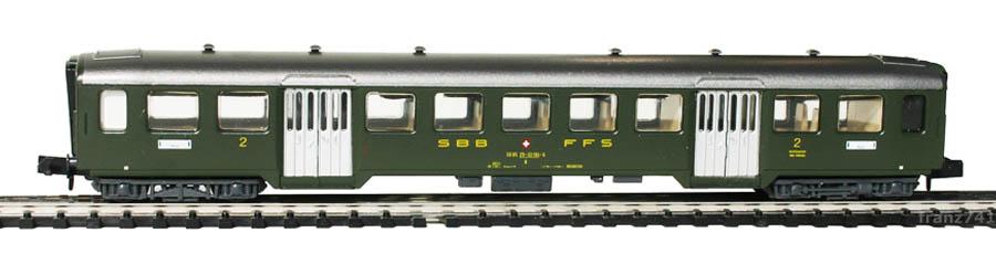 Arnold-3716-Leichtstahl-Personenwagen-SBB-2Klasse-NYON