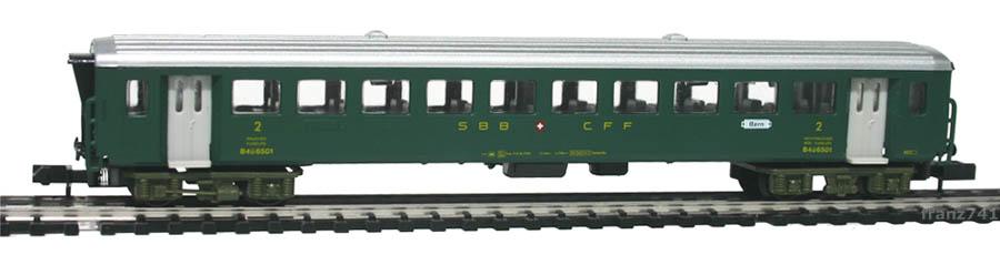 Arnold-3720-EW-I-Personenwagen-SBB-2Klasse.jpg