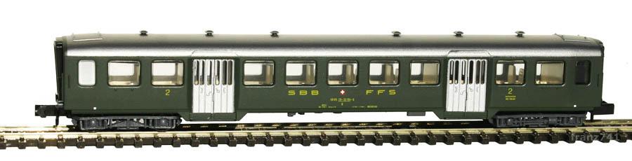 Arnold-3730-Leichtstahl-Personenwagen-SBB-2Klasse