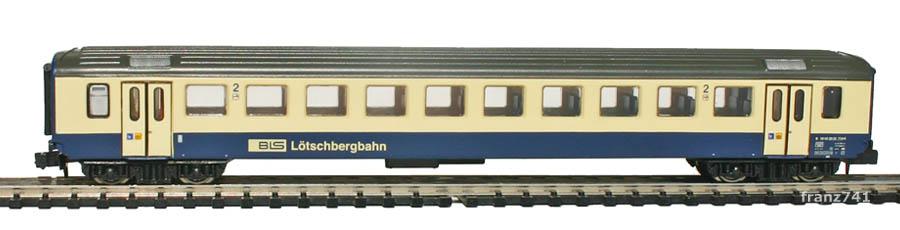 Arnold-Hornby-4062-3-EW-I-Personenwagen-BLS-2Klasse.jpg