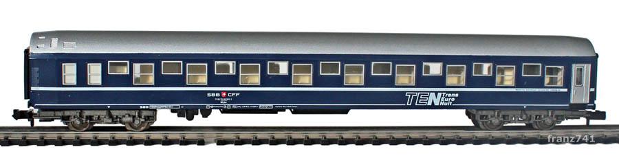 Fleischmann-8117-WLAm-Schlafwagen-TEN-SBB_S2.jpg