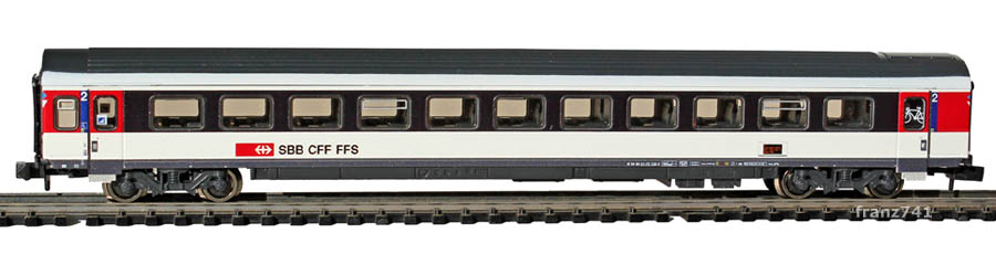 Fleischmann-8903-07-EW-IV-New-Look-Personenwagen-SBB-2Klasse-FIS