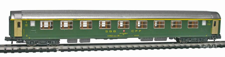 Kato-Hobbytrain-20000-1-UIC-Personenwagen-SBB_1Klasse