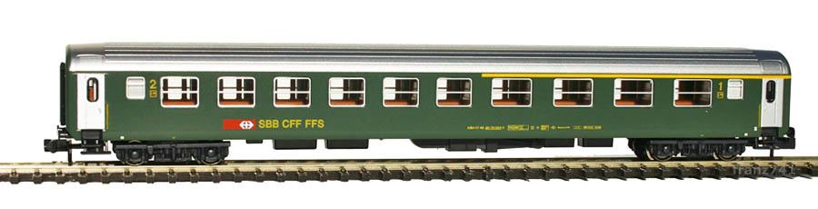 Kato-Hobbytrain-23113-Personenwagen-SBB_1-2Klasse