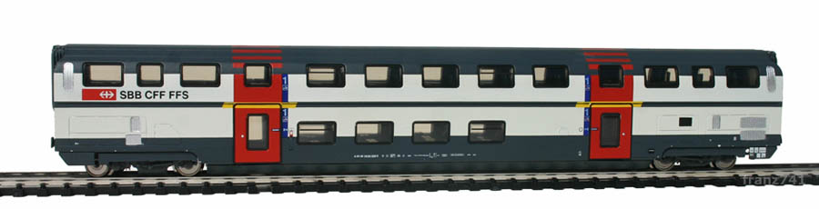 Kato-Hobbytrain-25101-DoSto-Personenwagen-SBB-1Klasse.jpg