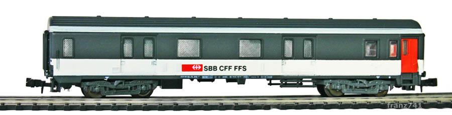 Lima-320388-Gepaeckwagen-SBB-ex-SNCF_2Seite