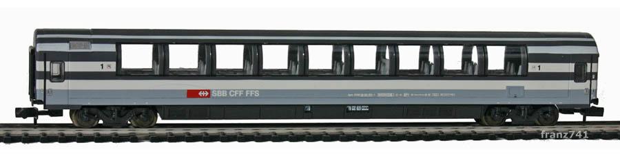 Minitrix-Set-13071-5-Panoramawagen-SBB-1Klasse
