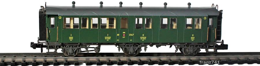Piko-94340-1-Set-3-Achs-Personenwagen-2147-SBB-1-2Klasse-geschlossene-Plattform