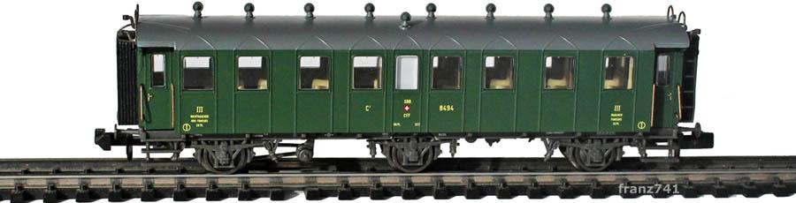 Piko-94340-3-Set-3-Achs-Personenwagen-8494-SBB-3Klasse-geschlossene-Plattform