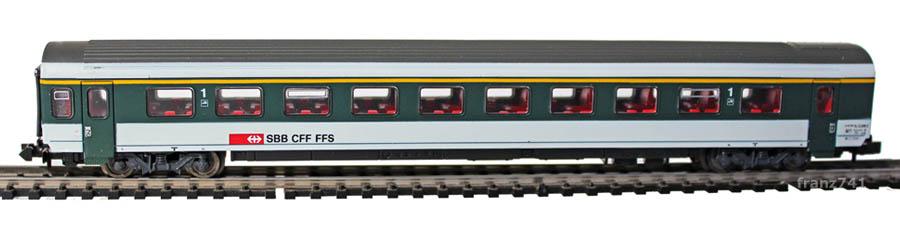 Roco-21027-2-EW-IV-Personenwagen-SBB-1Klasse