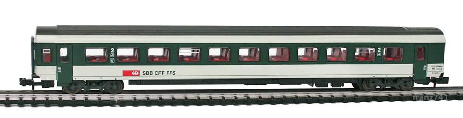Roco-24275-V3-Personenwagen-SBB-2Klasse.jpg