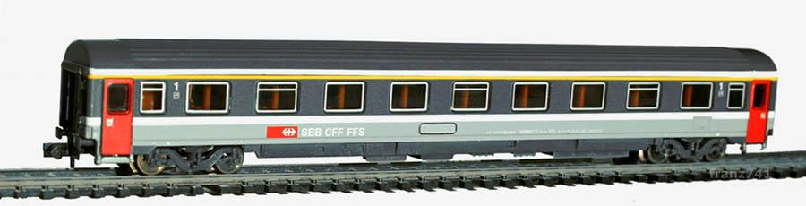 Roco-24470-Personenwagen-SBB-1Klasse