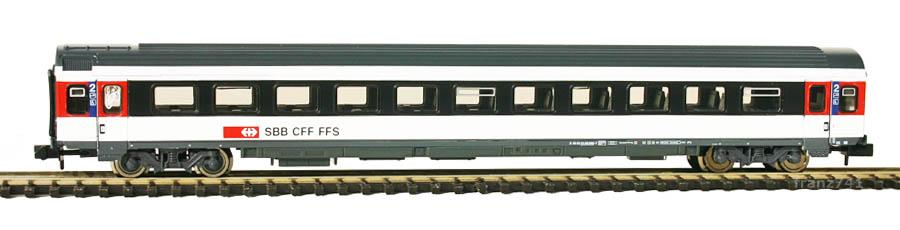 Roco-24502-ICN-Personenwagen-SBB-2Klasse
