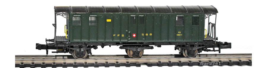 WABU-031-062-F3-3-achs-Gepaeckwagen-offene-Plattform_SBB