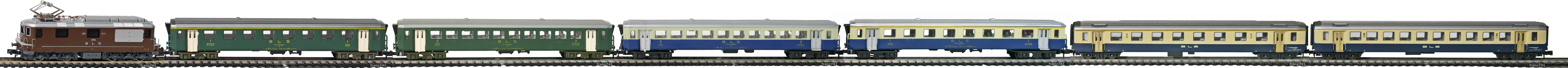 Epoche-IV-BLS-EW-I-Personenzug_Re-4-4-Elok-EW-I-Wagen-altes-Logo