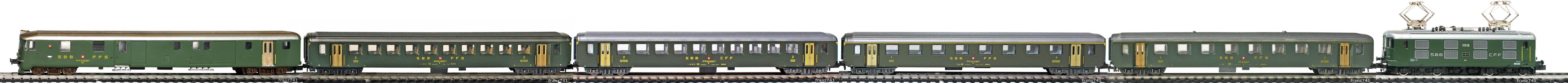 Epoche-IV-SBB-EW-I-Personenzug_Re-4-4-I-Elok-DZt-EW-I-Wagen-altes-Logo