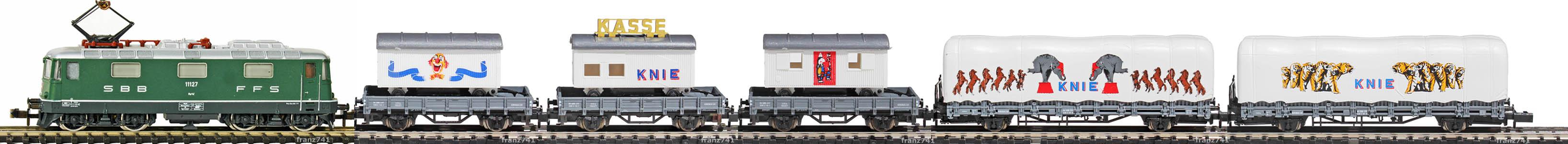 Epoche-IV-SBB-Zirkus-Knie-Gueterzug_Re-4-4-II-Elok-Kps-Niederbordwagen