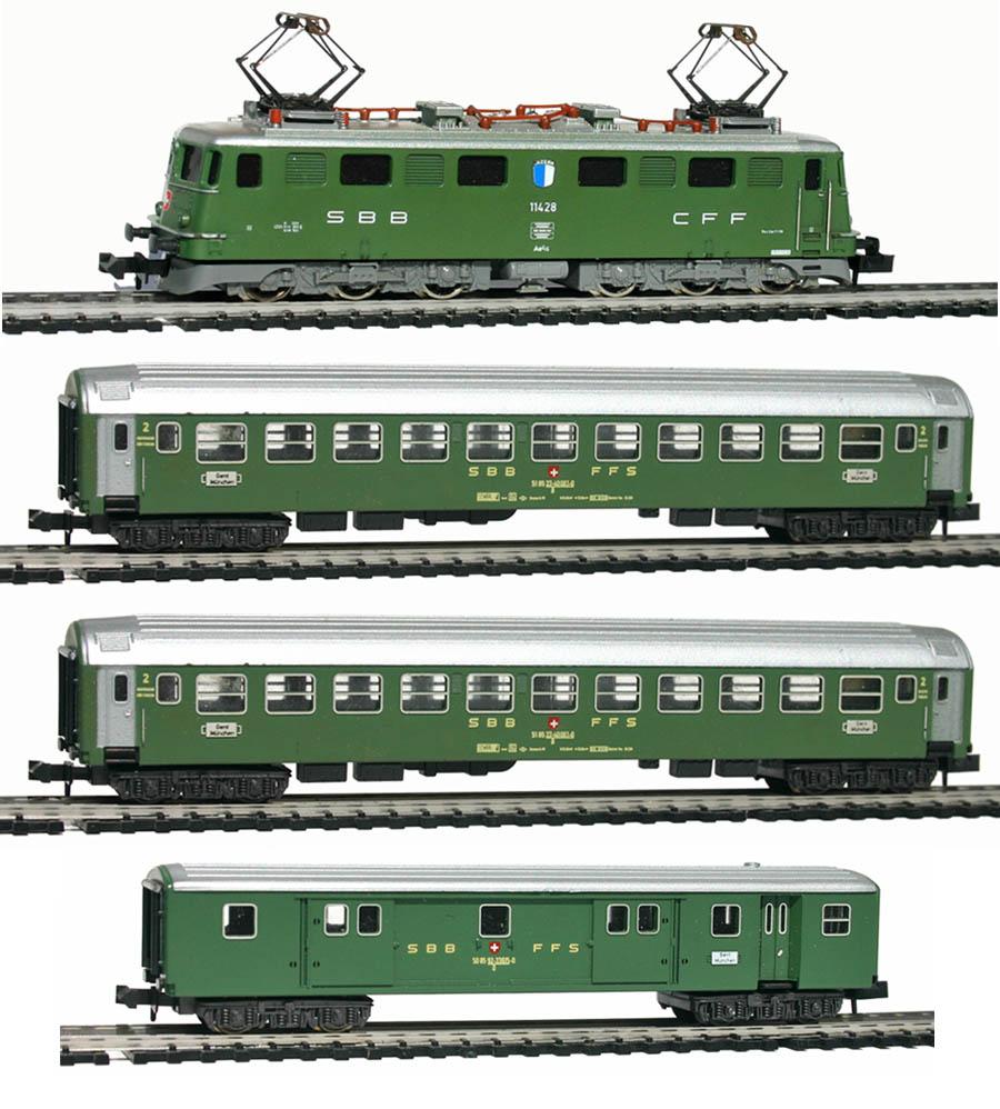 Minitrix-11004-UIC-Personenwagen-Zugset-SBB